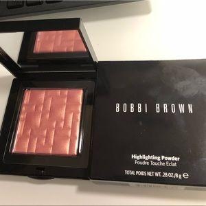 BNIB Bobbi Brown sunset glow highlighting powder